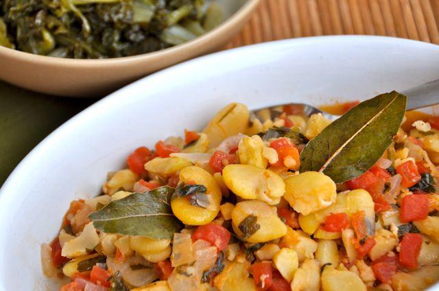 Yahni w White Beans (Vegan)