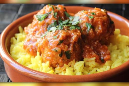 Meatballs w Saffron Pilaf