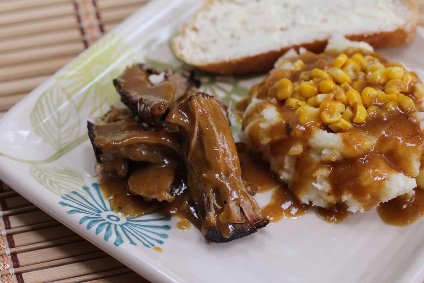 Roast Pork w Gravy & Mash